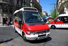 Granada, Plaza Isabel La Catlica 16.04.2014 (The STB) Tags: bus daily granada iveco autobs unvi alhambrabus transportesrober cidadei