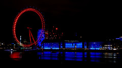 red & blue (maaddin) Tags: londoneye london marriothotel illumination