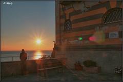 Goodbye blue sky (Maurizio Longinotti) Tags: goodbyebluesky portofino tramonto sunset street streetphotography watching liguria italia italy marligure