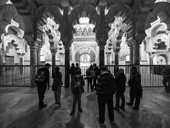Mirhab, Mezquita Catedral de Córdoba, Andalucía, Spain (Angel Talansky) Tags: andalucia cordoba spain turismo ciudad mosque mesquita moschee mosquée moschea モスク mirhab mezquita catedral mezquitadecordoba mezquitacatedral arcos arches columnas turistas