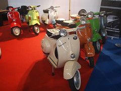 70 anos Vespa @ AutoClssico Exponor (hugojcardoso) Tags: autoclssico exponor 70anos vespa