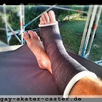 2014-07 slwc (gay-skater-caster) Tags: slwc cast legcast broken leg brokenleg crutches