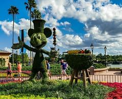 Walt Disney World - Epcot (Patrik S.) Tags: wolken clouds florida sonnig sunny usa walt orlando disney world epcot mickeymouse