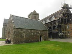 Iona Abbey 8 (StaircaseInTheDark) Tags: scotland iona isleofiona ionaisle britain greatbritain uk unitedkingdom historic abbey ionaabbey church