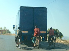 """What I saw everyday on the road in Burundi. And here are only 3, normally they are more  😜 August 2016 #itravelanddance • <a style=""""font-size:0.8em;"""" href=""""http://www.flickr.com/photos/147943715@N05/30494021365/"""" target=""""_blank"""">View on Flickr</a>"""