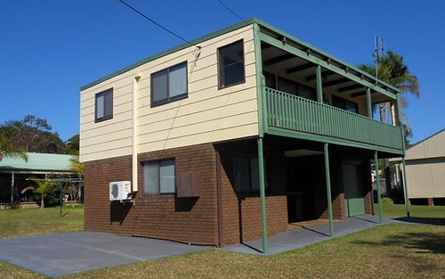 24 BOATHARBOUR DR, Sussex Inlet NSW 2540