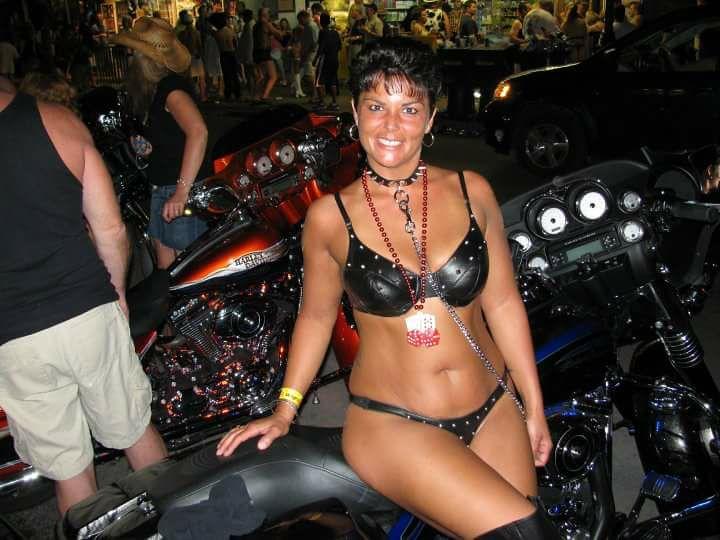 Indian desi wife nude photos