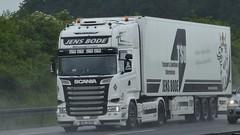 D - Jens Bode >Black & White< Scania R13 TL Streamline (BonsaiTruck) Tags: jens bode black white scania r13 streamline airbrush lkw lastwagen lasdtzug truck trucks lorry lorries camion