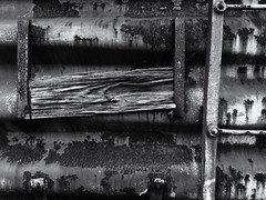 Wood & Ladder (Burnt Umber) Tags: fauxtography phonetography samsung galaxy s6 digitalisthedevil goldcoastrailwaymuseum miami florida rpilla001 copyrightallrightsreserved pullman train locomotive break pnuematic wheel steel engine electric diesel steam boiler motor powerplant industrial power pipes valves luggage cart carriage boxcar railway goldcoastrailroadmuseum tracks travel navalairstation richmond urbex flurbex ue urban explorer