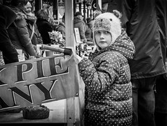 pie face (Daz Smith) Tags: dazsmith canon6d bw blackwhite blackandwhite bath city streetphotography people candid canon portrait citylife thecity urban streets uk monochrome blancoynegro mono girl hat face pies stall market