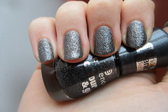 Essence - Here's My Number (jana7800) Tags: new black hot texture glitter dark grey sand hands nail sparkle nails essence nailpolish liquid shimmer
