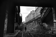 Gare de l'Avenue de Saint-Ouen (flallier) Tags: paris 18 18e gare pc petiteceinture railroad chemindefer saintouen nb bnw