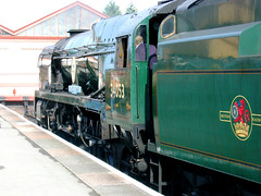 RD8771.  Rebuilt Bulleid Pacific 34053 SIR KEITH PARK at Kidderminster on the Severn Valley Railway. (Ron Fisher) Tags: pacific battleofbritain severnvalleyrailway kidderminster 462 34053 bulleidpacific