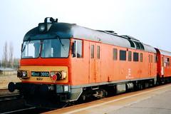 MDmot.3005 (Tams Tokai) Tags: md bahn railways lok mv vast mozdony motorvonat motorkocsi mdmot