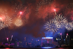 (DhkZ) Tags: ocean night buildings fireworks chinesenewyear cny canon10d victoriaharbour canon35mmf2