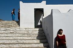 Chat (Joanna Mrowka) Tags: street people morocco asilah
