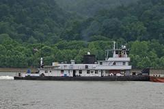 SMITTY (Joe Schneid) Tags: kentucky transportation louisville coal barge towboat smitty inlandwaterway inlandwaterways americanwaterways ohiorivermile619 sturgeonbayshipbuildingdrydockco
