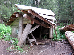 elk lake shelter