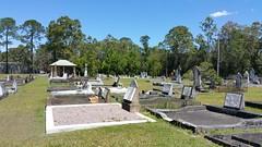 Yandina Cemetery (Gillian Everett) Tags: cemetery yandina queensland 105 116 2016 history maroochy shire