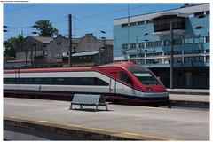 Porto (Mika Stetsovski) Tags: alfa pendular campanha   train railway   portugal   porto