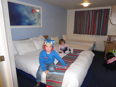 Travelodge Eastleigh Central Hotel (TravelShorts) Tags: peppa pig world paultons park theme amuement daddy george travel hampshire cartoon house rides character meet greet costume travelodge eastleigh central hotel room tour