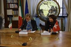 20161110_bilaterale_IT_CH_55 (maxlomb) Tags: italia gottardo2016 graziano delrio leuthard svizzera