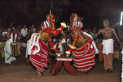 Theyyam Side to Side - 6 (Anoop Negi) Tags: theyyam india kerala art form dance god dancing ritual hindu red dress kannur cannanore portrait anoop negi ezee123 photography photo