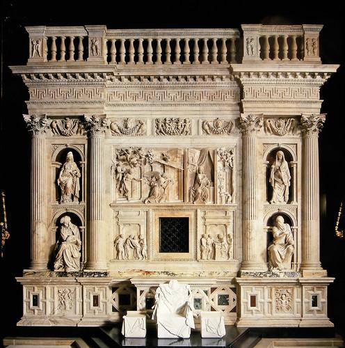 Rivestimento Marmoreo della Santa Casa di Loreto (1509-1578). Parete ovest