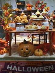 FUJIYA Halloween 2016 02 (HAMACHI!) Tags: tokyo 2016 japan ginza halloween night fujiya