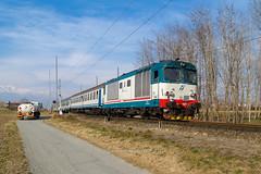 FS D445 1077 (railphoto) Tags: d445 fs trenitalia cerone ivrea strambino diesel treno train zug bahn rail ferrovia