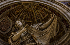 Basilica S. Pietro - Interni (Fabio Caf) Tags: church chiesa sanpietro roma rome arte scultura statue statua basilica vaticano marmo eterno wow veronica sabta