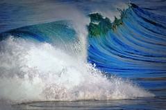DSC_0376 Green-blue ocean (Rodolfo Frino) Tags: wow bright ocean wave waves foam power powerful breaking breakingwave wind blowingbythewind droplet droplets blue green white longwave beautiful windy weekend depth