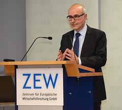 Festakt zum 25-jährigen Jubiläum des ZEW Mannheim · ZEW Mannheim 25th Birthday Celebration (ZEW Mannheim) Tags: zewpräsident zew president wambach