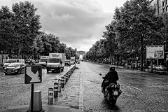 Champs-lyse (Steve Mitchell Gallery) Tags: street streets travel paris arcdetriomphe champselysee