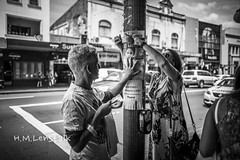 HML06465 (H.M.Lentalk) Tags: leica m typ 240 summilux summiluxm 28mm 28 f14 14 114 11428 oz aussie australia australian street sydney black white people urban life city asph newsouthwales newtown