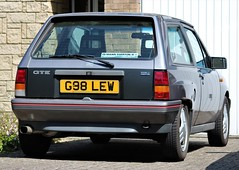 G98 LEW (Nivek.Old.Gold) Tags: 1989 vauxhall nova gte 1598cc mannegerton stives