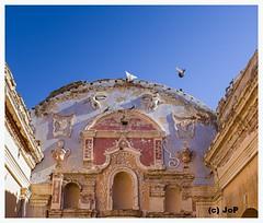 Vuelo del angel (Julio Pinelli) Tags: bari larioja capilla sannicolas ambil