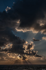 Sunset in Anglet #3 (Jérôme Cousin) Tags: ocean sunset sea sky cloud sun mer clouds de soleil nikon du 64 explore ciel nikkor nuage nuages pays basque euskadi bayonne biarritz pyrenees bab couché 18105 euskal herria atlantiques anglet herri d5000
