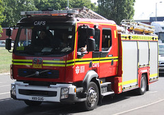 Hampshire Fire & Rescue Service - 53 Redbridge Volvo FLL CAFS Rescue Pump - HX11 GUG (IOW 999 Pics) Tags: uk blue light rescue fire volvo air united kingdom hampshire system pump foam vehicle service southampton emergency 53 millbrook compressed fll redbridge cafs hfrs
