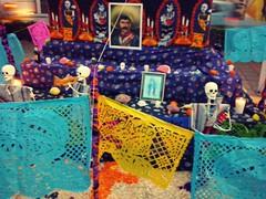 Emiliano Zapata (mayavilla) Tags: mexicana mexico colores leon mexicanos diademuertos guanajuato gto calavera altares tradicion