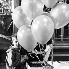 (Casey Meshbesher Photographic) Tags: street blackandwhite minnesota balloons candid streetphotography squareformat duluth 5k fitgers