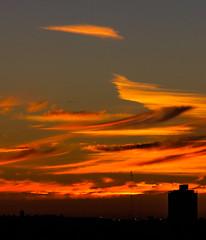 (macarenalovatto) Tags: sunset colorful sun cloud sky skyporn porn
