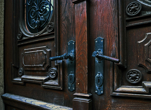 The doorhandles at the Rectorate