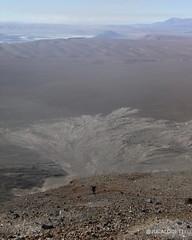 The Impressive ash signature at Vulcano Feet. Oh such Impressive landscape!  Shot took at 5500m of altitude. Atacama. Chile.   #jucalodetti #atacama #atacamadesert #chile #sanpedroatacama #highlands #canon_photos #rebelt1i #hitocajon #trekking #escalada #