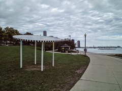Art (ancientlives) Tags: chicago illinois usa travel lakemichigan lakefronttrail lakeshore lake art wednesday october autumn 2016 overcast clouds weather walking streetphotography