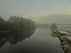 Freezing Fog (Bricheno) Tags: dalmarnock bricheno river glasgow clyde reflections riverclyde scotland szkocja scozia scoia schottland cosse escocia esccia    bridge railway trees frost path fog