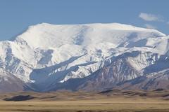 Lenin Peak / Ibn Sina Peak (José Rambaud) Tags: pamir kyrgyzstan kirguistan centralasia silkroad nieve landscape paisagem paisaje cordillera rutadelaseda asia asiacentral snowcapped snow montañas mountains peak peaks leninpeak ibnsinapeak