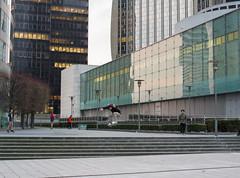 Skater on weekend (C@rlos@FC) Tags: pentax 35mm macro f28 hd limited da france paris photowalk pentax35mmmacrof28hdlimitedda puteaux îledefrance