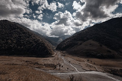 IMG_3467-2 (Gocha Nemsadze) Tags: gochanemsadze canon natur nature canoneos6d 6d eos canonef1635mmf4lisusm outdoor fullframe georgia georgien landschaft landscape clouds wide weitwinkel berge hills