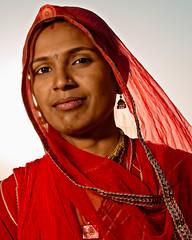 The Jaisalmer Desert Festival (Rajasthan, India 2015) (Alex Stoen) Tags: 1dx alexstoen alexstoenphotography beauty canon canoneos1dx desert desertfestival ef1635f28liiusm geotagged india jaisalmer marumahtsuva pocketwizard rajasthan redsari travel vacation woman offcameraflash